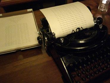 14-typewriter