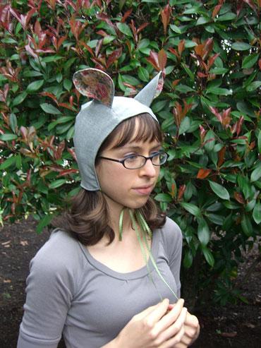 03-Mouse-Hat